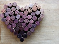 wine-cork-heart-horiz